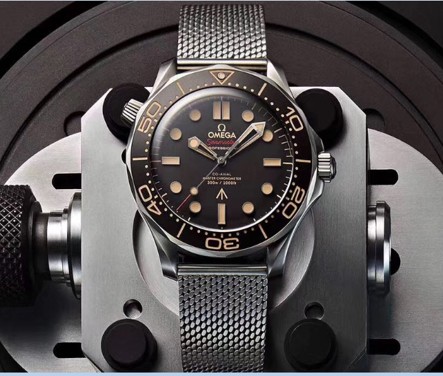 Omega Seamaster No Time To Die Watch (1)