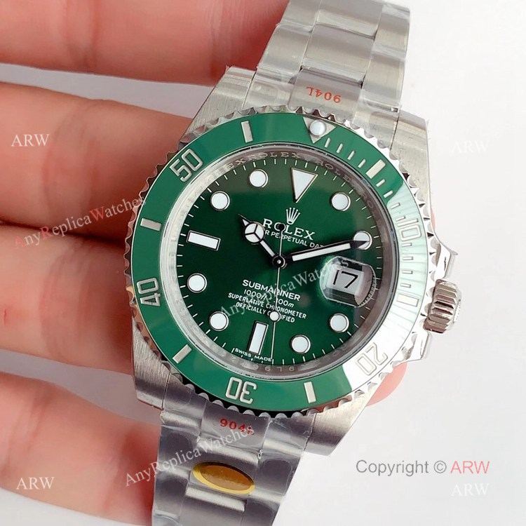 Noob V11 Rolex Submariner 116610LV Green Dial Swiss Replica Watches (2)