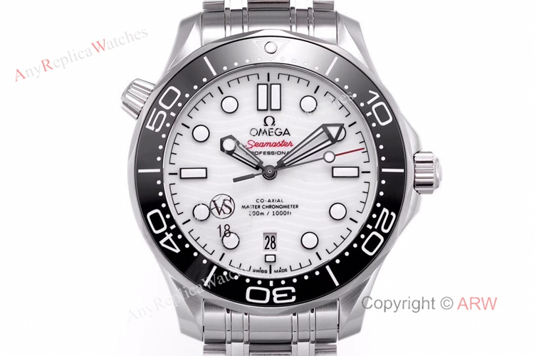 VS Factory Omega Seamaster 300 White Dial New 2020 Swiss Replica Watches For Men (2)