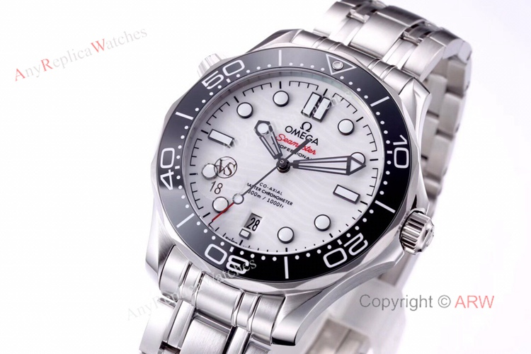 VS Factory Omega Seamaster 300 White Dial New 2020 Swiss Replica Watches For Men (5)