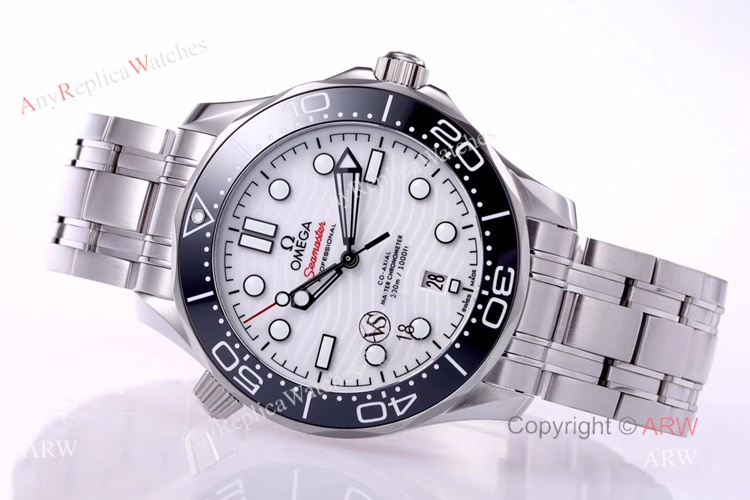 VS Factory Omega Seamaster 300 White Dial New 2020 Swiss Replica Watches For Men (6)