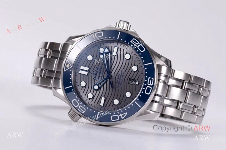 VS Factory Omega Seamaster Diver 300m Grey Wave Dial Omega 8800 Movement Watch Replica (6)
